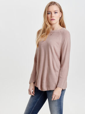 LOOSE KNITTED TOP