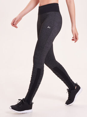 DETAILED TRAINING TIGHTS