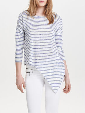 ASYMMETRICAL 3/4 SLEEVED TOP