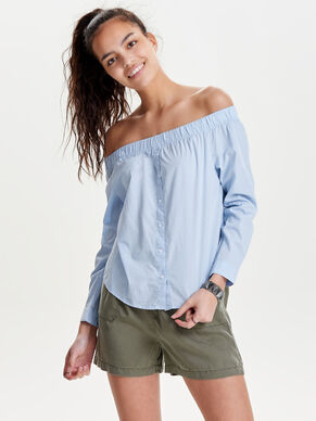 OFF-SHOULDER TOP MET LANGE MOUWEN