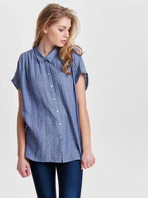 LOOSE FITTED SHORT SLEEVED SHIRT