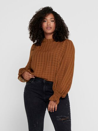 CURVY LONG SLEEVED TOP