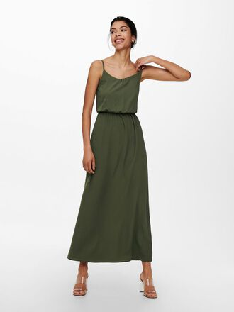SOLID COLORED MAXI DRESS