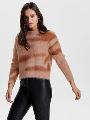 BRUSHED KNITTED PULLOVER