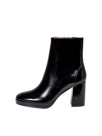 PATENT LOOK BOOTS
