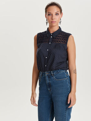 DETAILED SLEEVELESS SHIRT