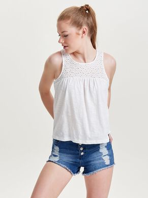 LOOSE SLEEVELESS TOP