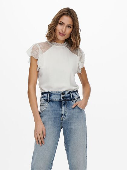 DETAILED LACE TOP