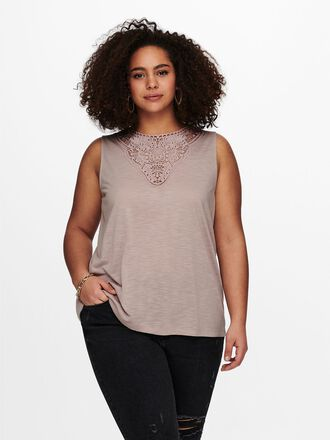 CURVY CROCHET TOP