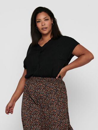 CURVY SHORT SLEEVED SHIRT
