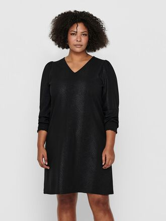 CURVY LONG SLEEVED DRESS