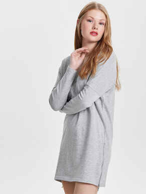 LOOSE LONG SLEEVED DRESS