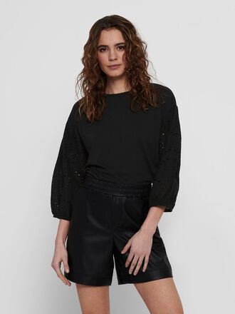 EMBROIDERY SLEEVES TOP