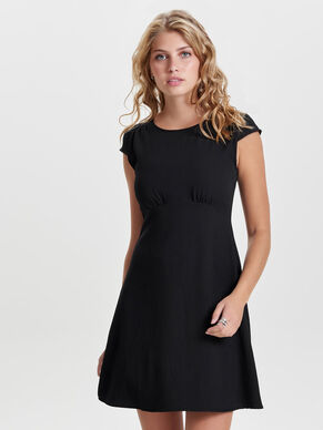 DETAILED SHORT SLEEVED DRESS