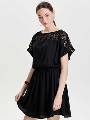 LACE SHORT SLEEVED DRESS